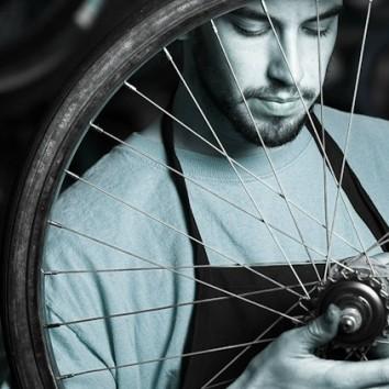 Pomysł na biznes: serwis rowerowy – plusy, minusy, jak zacząć?