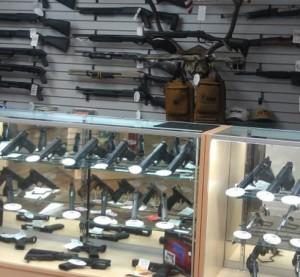Akcesoria do pistoletów – dobry pomysł na biznes?