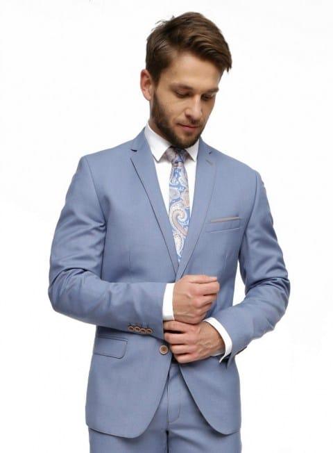 Idealnie skrojony garnitur znajdziesz w sklepie eleger.pl