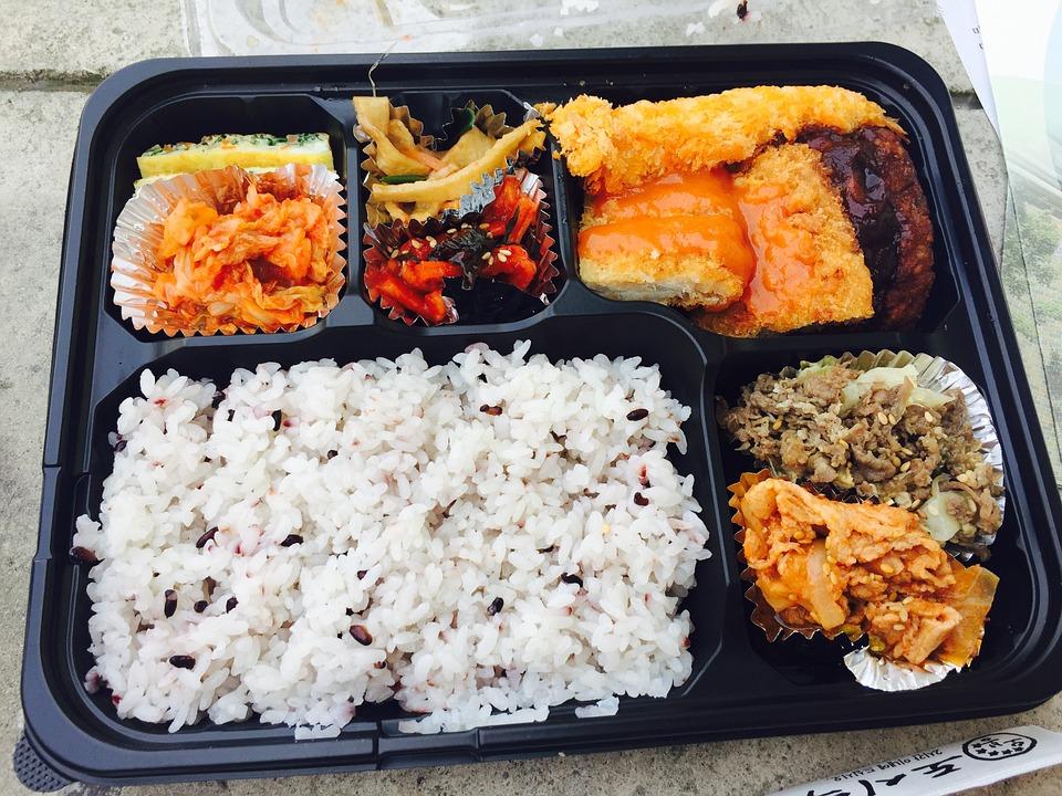 pełnowartościowy posiłek dla pracowników