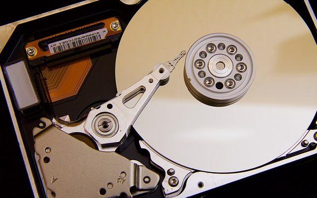 usuwanie danych